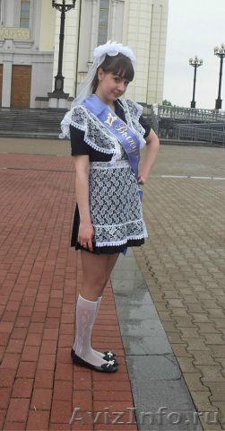 Продам школьную форму недорого платье
